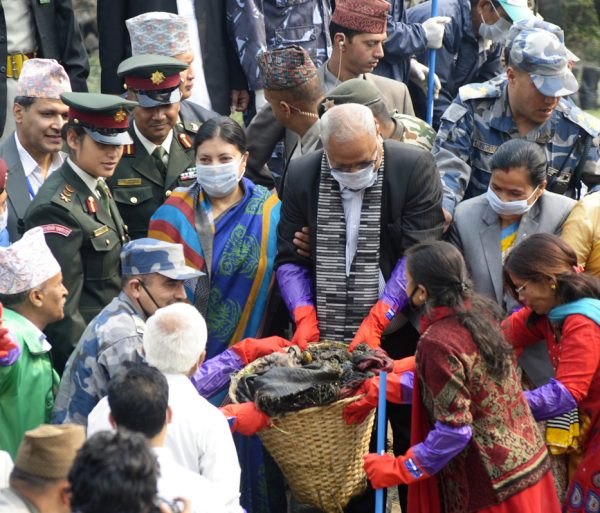 participating-at-bagmati-cleaning-campaign-3